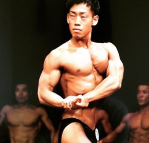 ミルクボーイ 駒場 筋肉 画像3